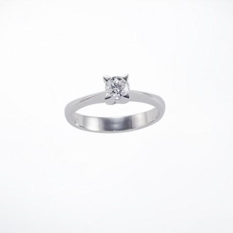 Solitario griffe a stella in oro con diamante carati 0.41 purezza VVS2 colore D