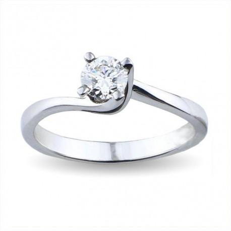 Solitario valentine in oro con diamante carati 0.40 purezza VS1 colore D