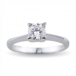 Solitario quattro griffes a forma di stella in oro con diamante carati 0.45 purezza VS1 colore D