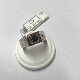 anello in oro bianco con diamante fancy deep blue