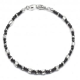 Bracciale in argento 925 e cristalli neri alternati a cubetti rodiati