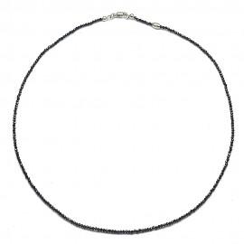 Collana in argento 925 e spinello nero