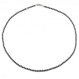 Collana in argento 925 con cristalli neri e sfere